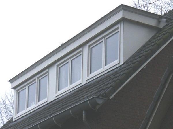 Zwarte dakkapellen